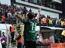 Spor Toto Süper Lig'de krallık yarşında zirvede bulunan Gekas yıldızlarla yarışıyor.