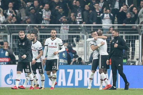 Spor yazarları  Beşiktaş - Porto maçını değerlendirdi.