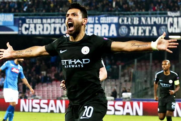Manchester City'nin golcüsü Sergio Aguero, Napoli ile oynanan Şampiyonlar Ligi maçında kulüp tarihine geçti.