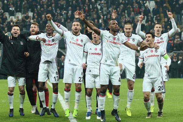 Beşiktaş'ın zaferi sosyal medyada büyük yankı buldu...