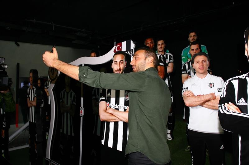 Beşiktaşlı futbolculardan müze ziyareti