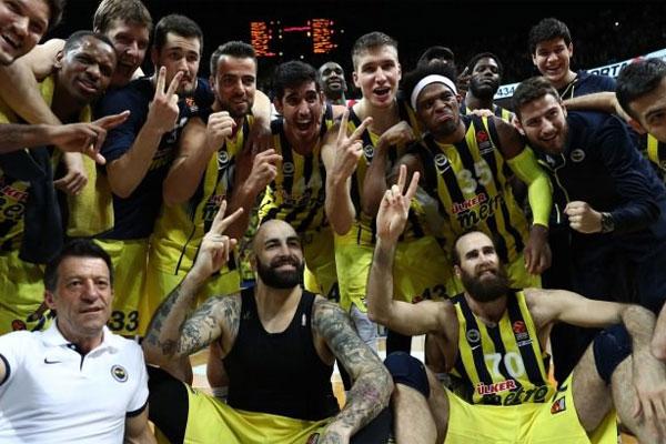 THY Avrupa Ligi'nde Dörtlü Final'de üst üste üçüncü kez yer alacak Fenerbahçe'nin kadrosunda bulunan 15 oyuncudan 12'si bu seviyede daha önce en az bir kez yer aldı.