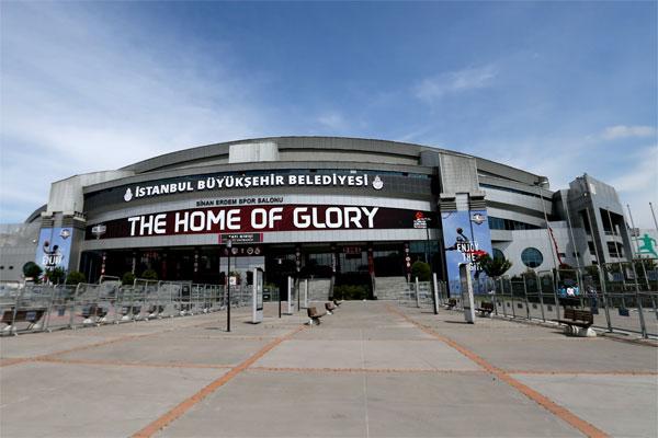 THY Avrupa Ligi Dörtlü Final'e ev sahipliği yapacak Sinan Erdem Spor Salonu'nda, organizasyon için hazırlıklar sürüyor.