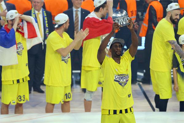 Euroleague'de kupayı kaldıran Fenerbahçe, Türkiye'nin tanıtımına da büyük katkı sağladı.