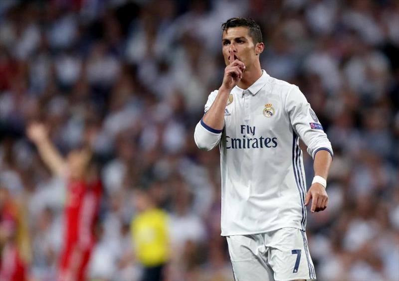 Bayern'den Ronaldo açıklaması
