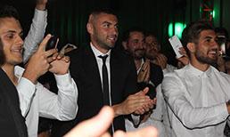 Trabzonsporlu futbolcular düğünde buluştu