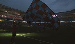 Trabzonspor'un 50. kuruluş yıl dönümü nedeniyle Şenol Güneş Spor Kompleksi'nde kutlama programı düzenlendi.