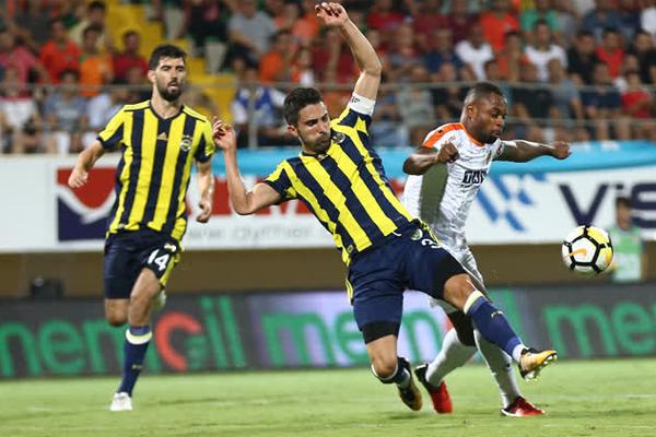 İşte Alanyaspor - Fenerbahçe maçından en güzel kareler...