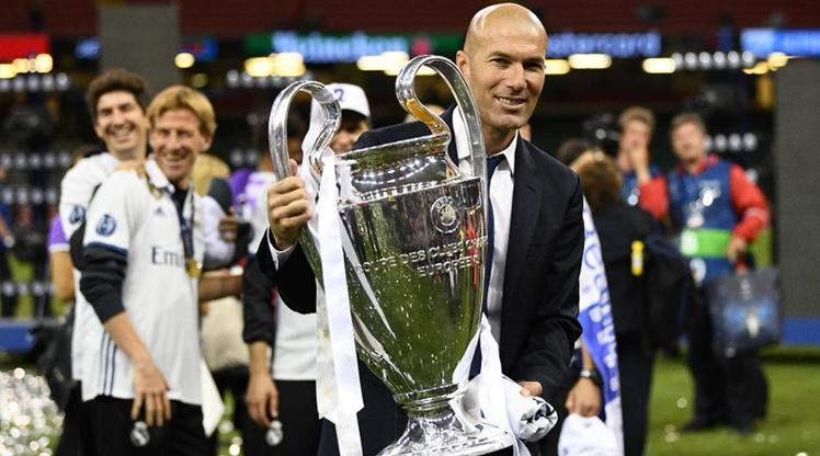 Real efsanesinden Zidane'a destek