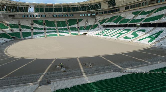 Timsah Arena'nın çimleri hazır