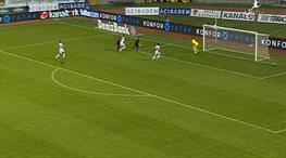 Önce asist yaptı, sonra gol attı!