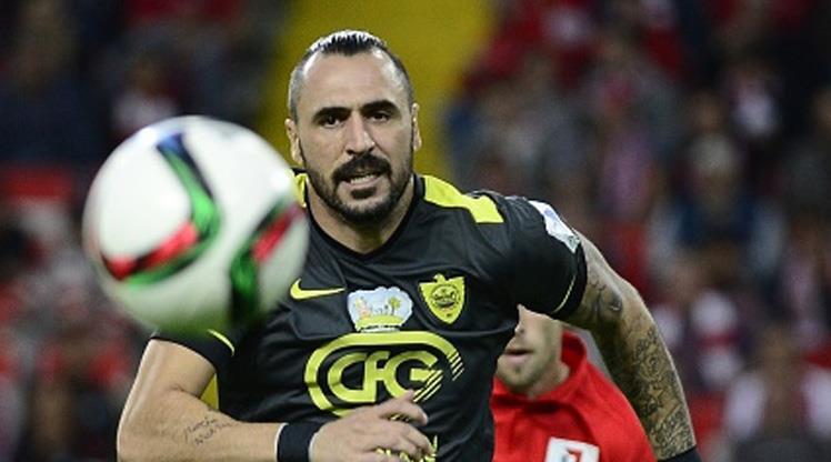 Eski Beşiktaşlı Anzhi'den ayrıldı