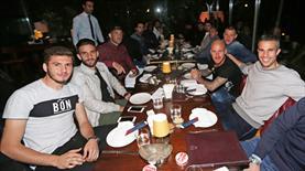 Fenerbahçe'de moral yemeği!