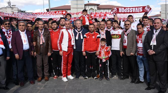 Sivasspor'a destek yürüyüşü