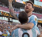Arjantin yarı finalde! Messi rekora ortak oldu! (ÖZET)