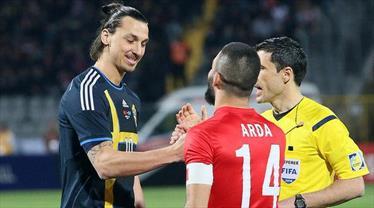 Arda, Gökhan ve Zlatan aynı takımda