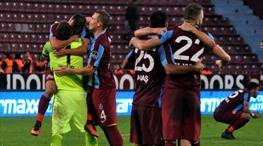 Trabzonspor - Atiker Konyaspor: 1-0 (ÖZET)