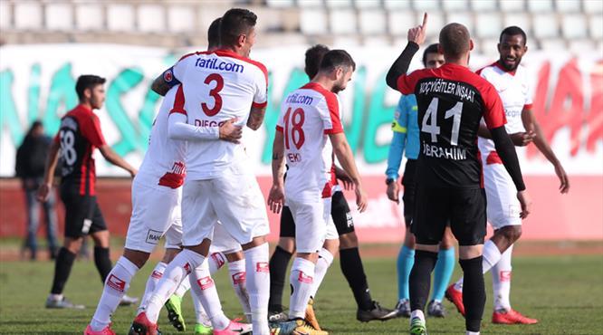 Antalyaspor 2. yarıda açıldı