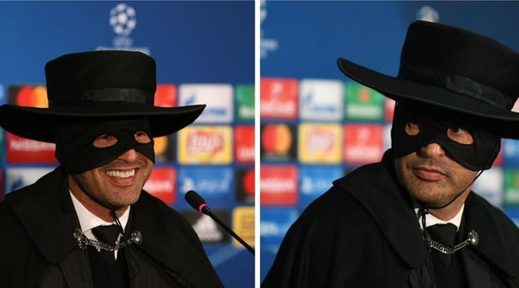 Sözünü tuttu, Zorro oldu!