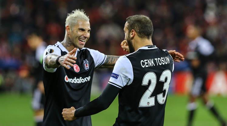 Cenk Tosun, Ibrahimovic'i geride bıraktı! Avrupa'nın zirvesinde!