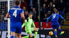 Ranieri gitti, Vardy siftah yaptı!
