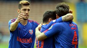 Kardemir Karabükspor-Adanaspor: 2-0 (ÖZET)