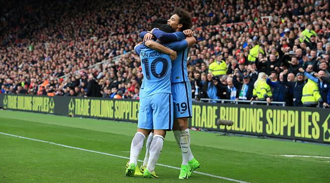Manchester City'ye kupa morali