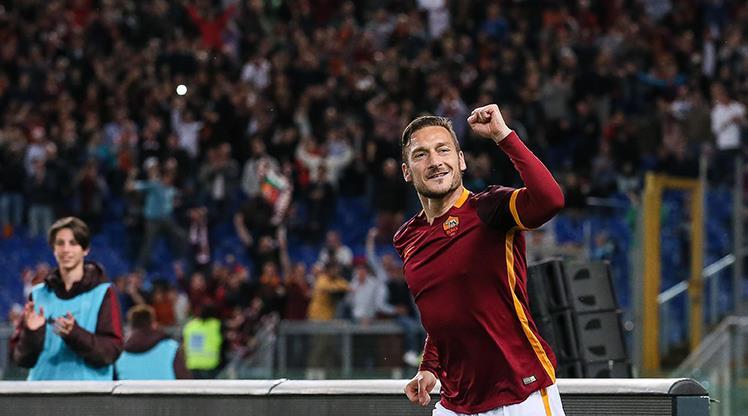 Sizce Totti'nin derbilerde attığı en güzel gol hangisi?