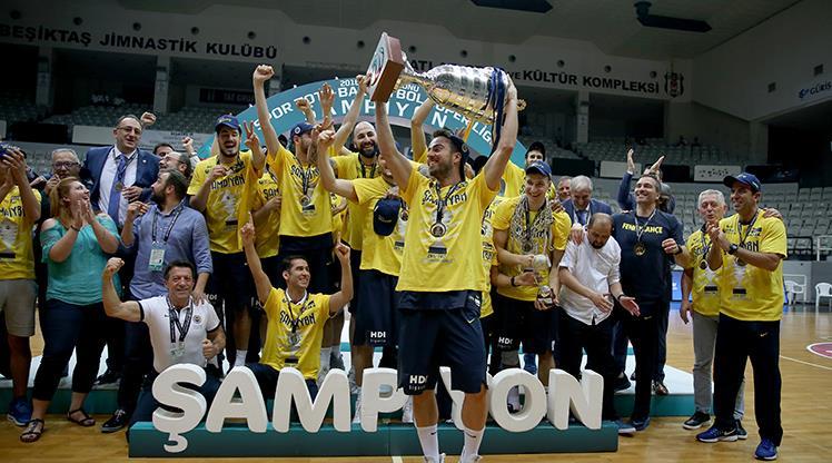Fenerbahçe 8. kez şampiyon