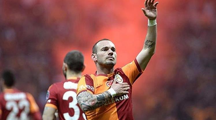 Sneijder, Cim Bom'a böyle veda etti!