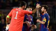 Messi koleksiyonuna Buffon'u da ekledi!