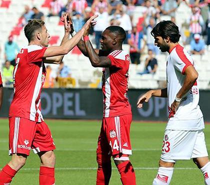 Demir Grup Sivasspor - Antalyaspor: 3-1 (ÖZET)
