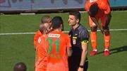 Alanyaspor'un penaltı beklediği an!