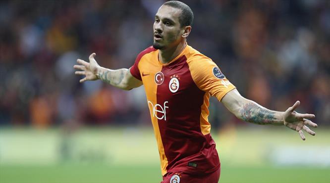 """""""Hayatımı Galatasaray'a adıyorum"""""""
