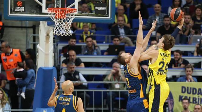 Vesely resital, Fenerbahçe şov yaptı (ÖZET)