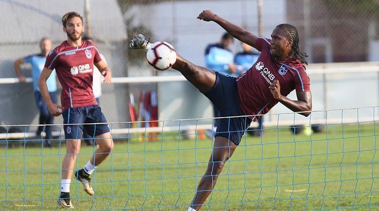 Trabzon ayak tenisi oynadı