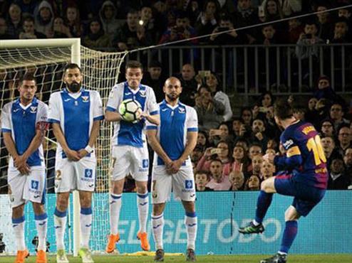 Messi'nin hafızalara kazınan 11 frikik golü!