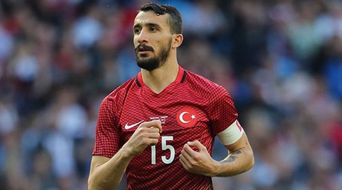Mehmet Topal yeniden Milli Takım'da