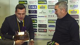 Aybaba'dan canlı yayında doğum günü sürprizi