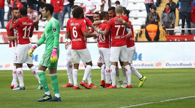 Antalyaspor - Evkur Yeni Malatyaspor: 3-1 (ÖZET)