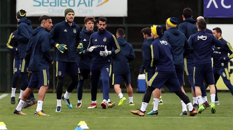 Fenerbahçe dev maça hazır