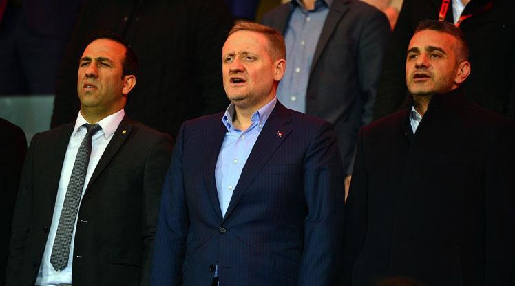 Başkanlar maçı birlikte seyretti