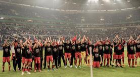 Bayern'in rakibi yeni hocası oldu