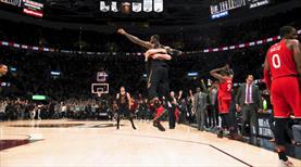 Yine son saniye yine LeBron James