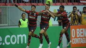 Rio derbisinde lider şov yaptı! (ÖZET)