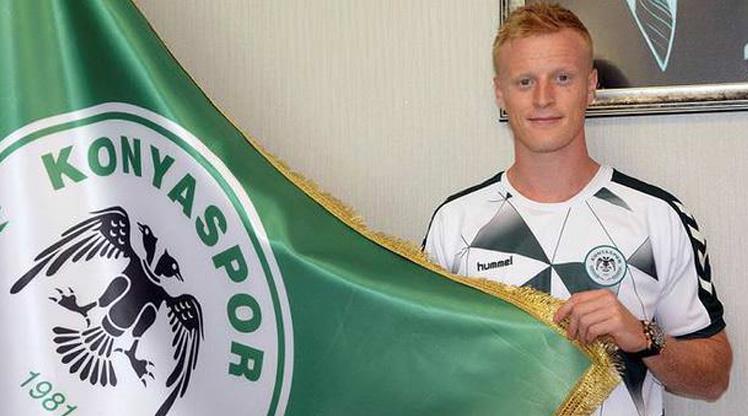 Atiker Konyaspor Jonsson'la uzattı