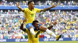 Neymar sambaya başladı, Brezilya çeyrek finale kanatlandı
