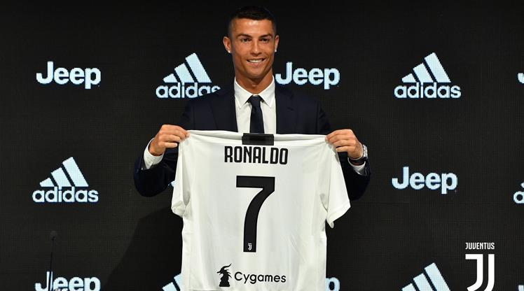 Yılın transferi resmen bitti! İşte Ronaldo'nun ilk sözleri