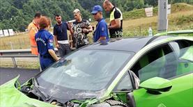 Milli futbolcular kaza geçirdi