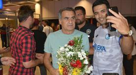 Beşiktaş'a çiçekli karşılama